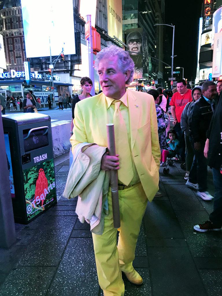 "<img src=""https://www.robertopiaia.com/Biographie/robi_new_york/wp-content/uploads/2018/05/robi_new_york.jpg"" alt=""Biographie-Roberto Piaia - robi_new_york""/>"